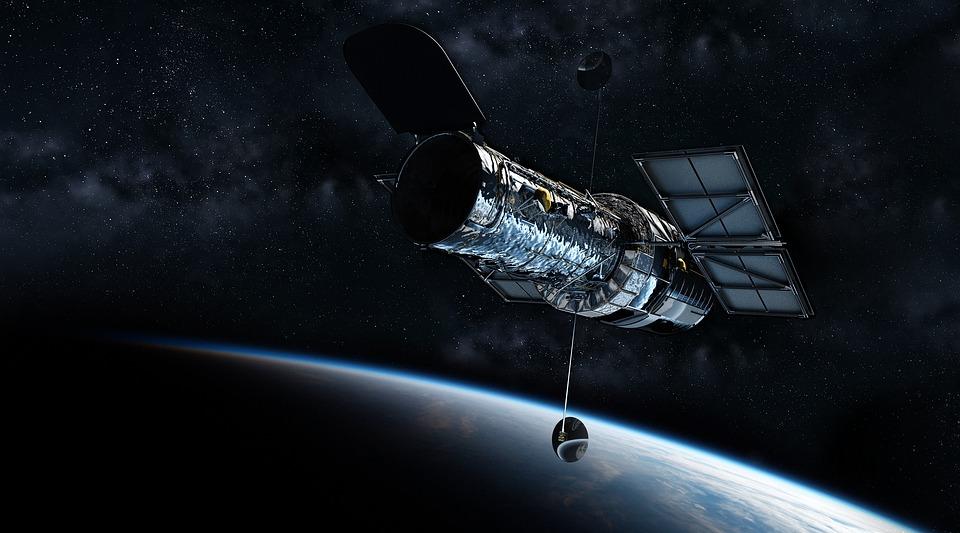 Petite ballade du télescope Hubble
