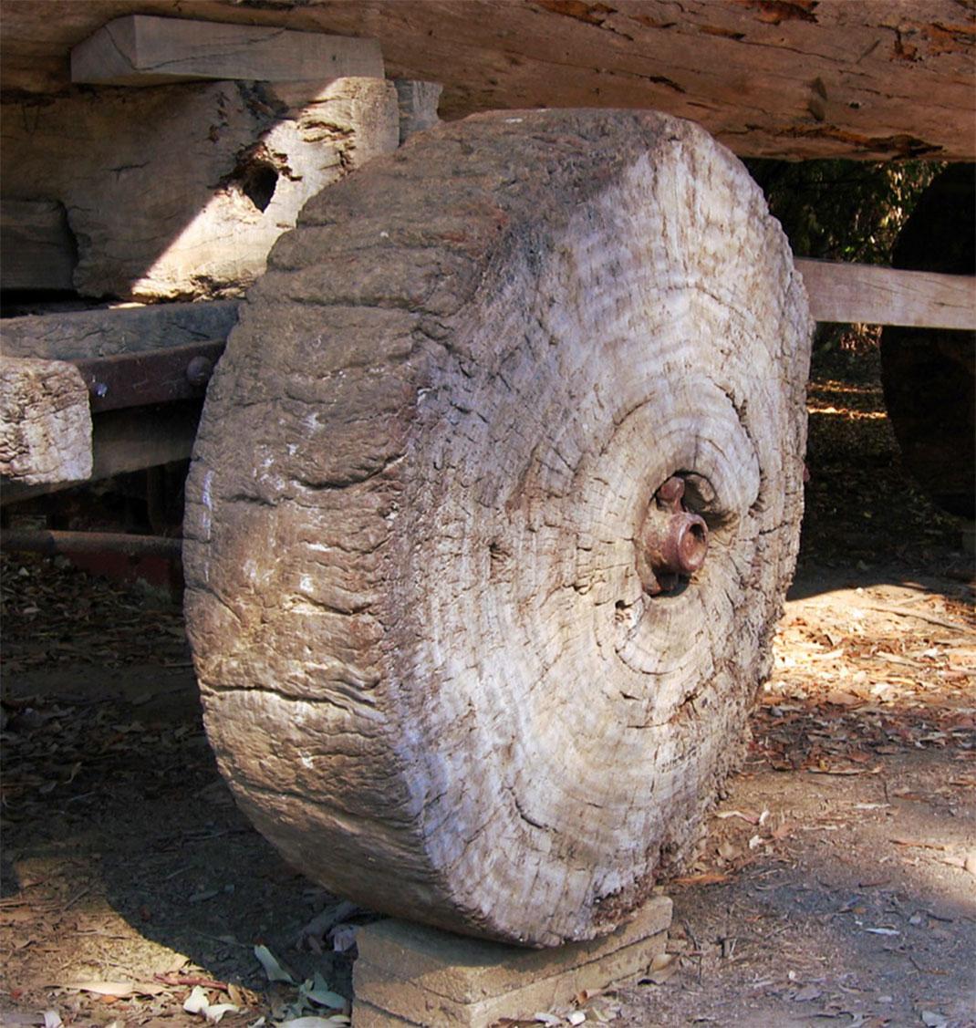 Une roue primitive