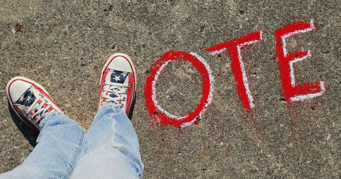 UNE--Elections