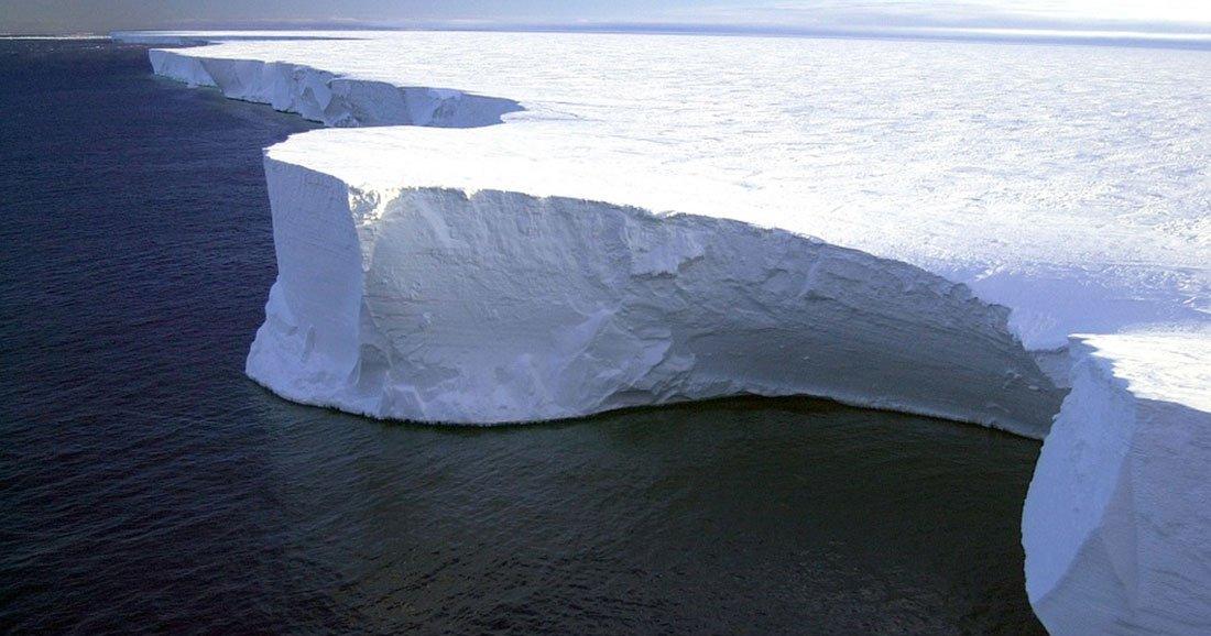 une-antarctique-fissure