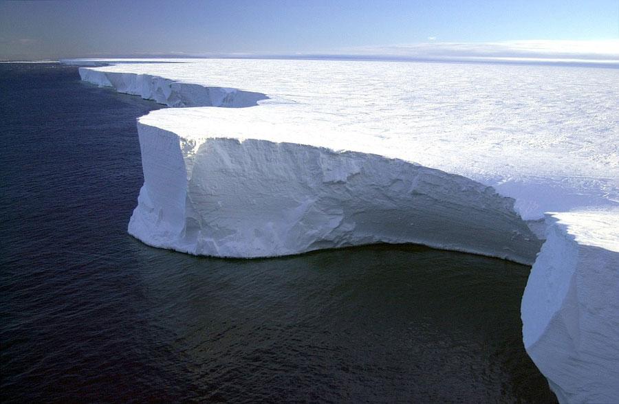antarctique-expediation-glace