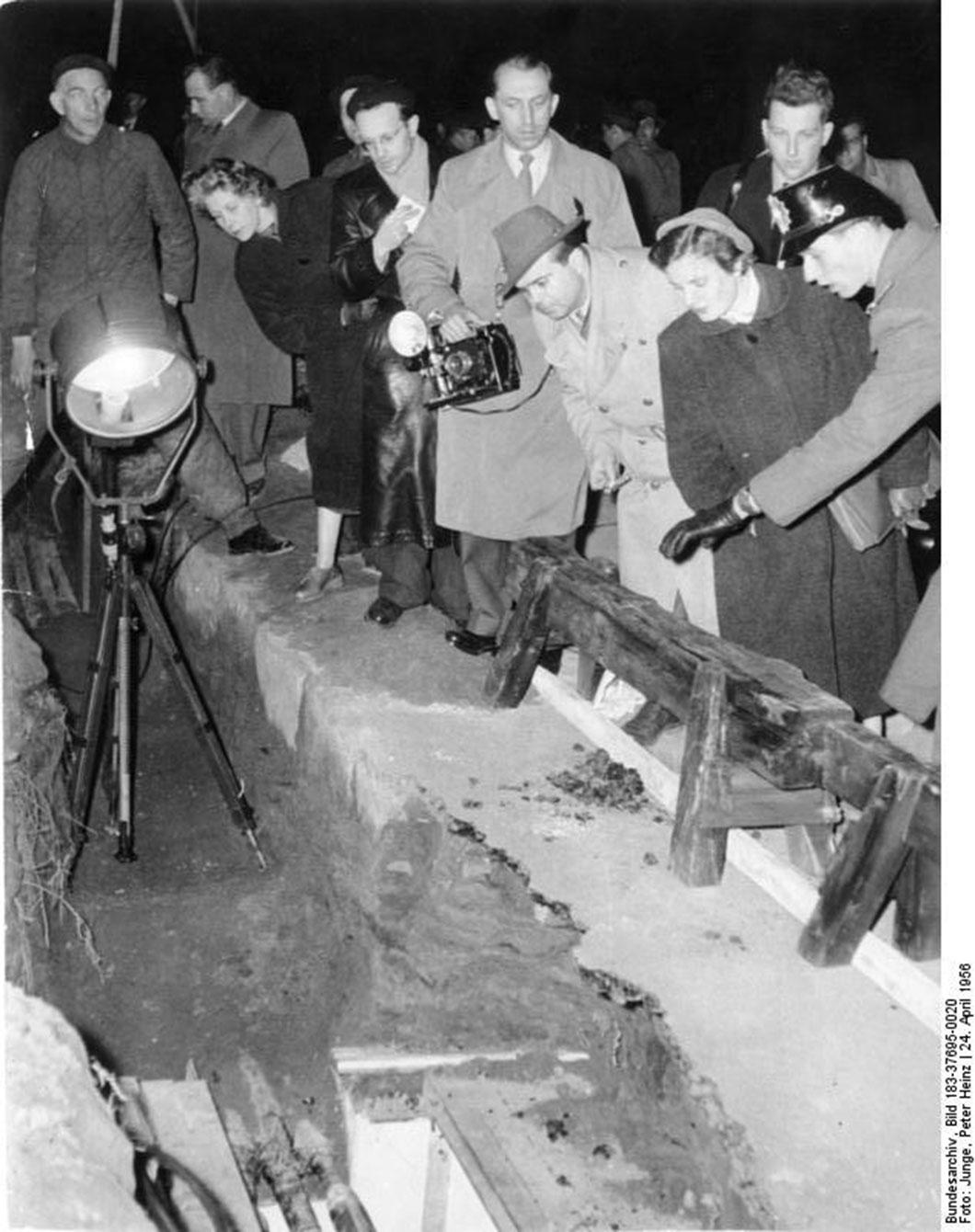 Aperçu du tunnel sous le mur de Berlin