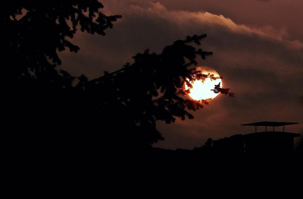 La naissance de la Lune est un mystère qui n'a pas encore été véritablement élucidé...