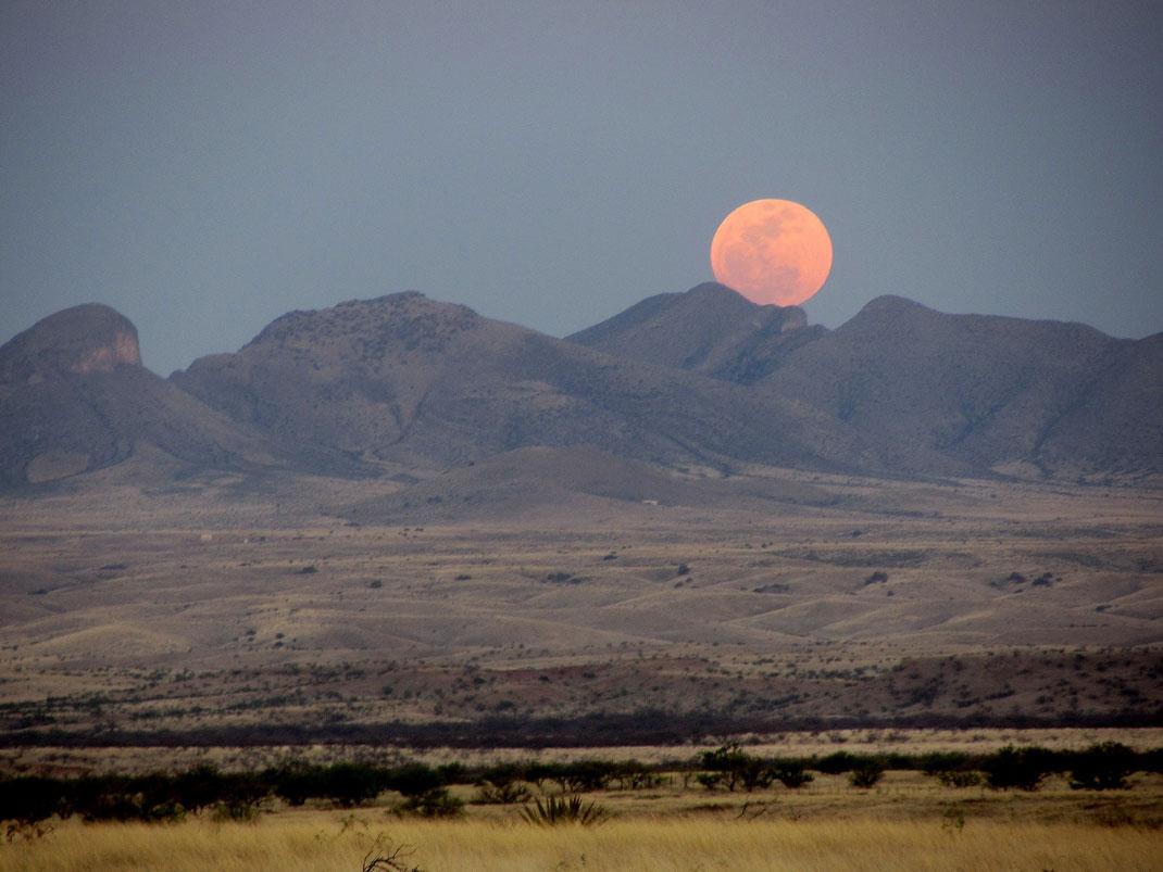 Pourquoi la taille de la lune semble voluer en fonction - Date lune rousse 2017 ...