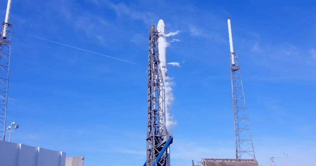 Succès avec la première fusée recyclée pour la Nasa — SpaceX