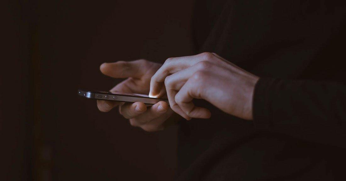 Apple ralentit volontairement ses vieux téléphones