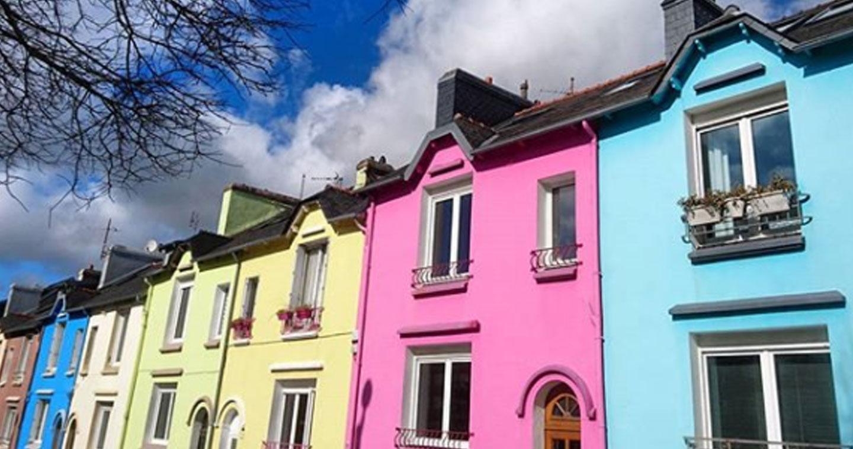 belle initiative brest les habitants peignent leurs maisons pour donner des couleurs la. Black Bedroom Furniture Sets. Home Design Ideas