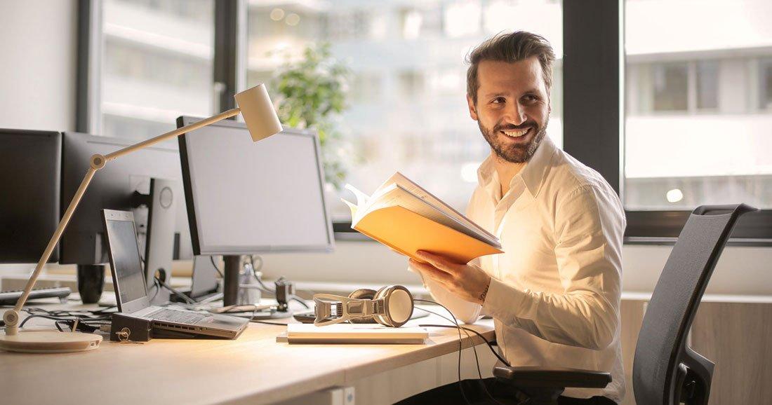 41 % des français ont déjà fantasmé sur leur collègue au bureau