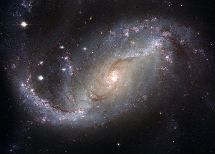 Que savons-nous de la Terre et de l'univers ? - Page 14 Espace-galaxie