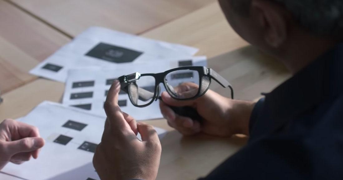 Les lunettes connectées mises à niveau pour les professionnels — Google Glass