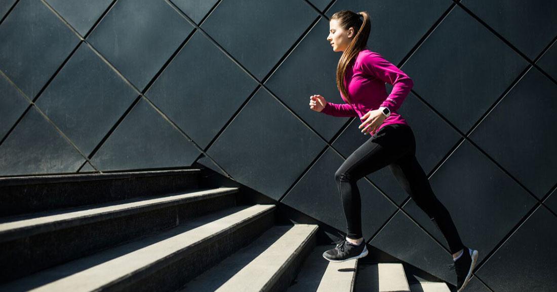 Faire du sport avant le petit déjeuner vous aiderait à brûler plus de graisses