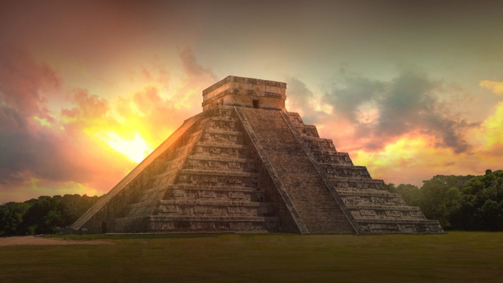 Monument Maya
