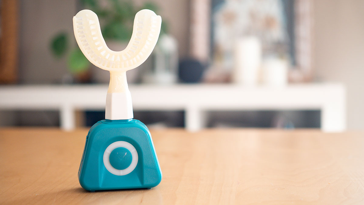 on a testé la brosse automatique qui vous nettoie les dents en 10 secondes, et ça marche