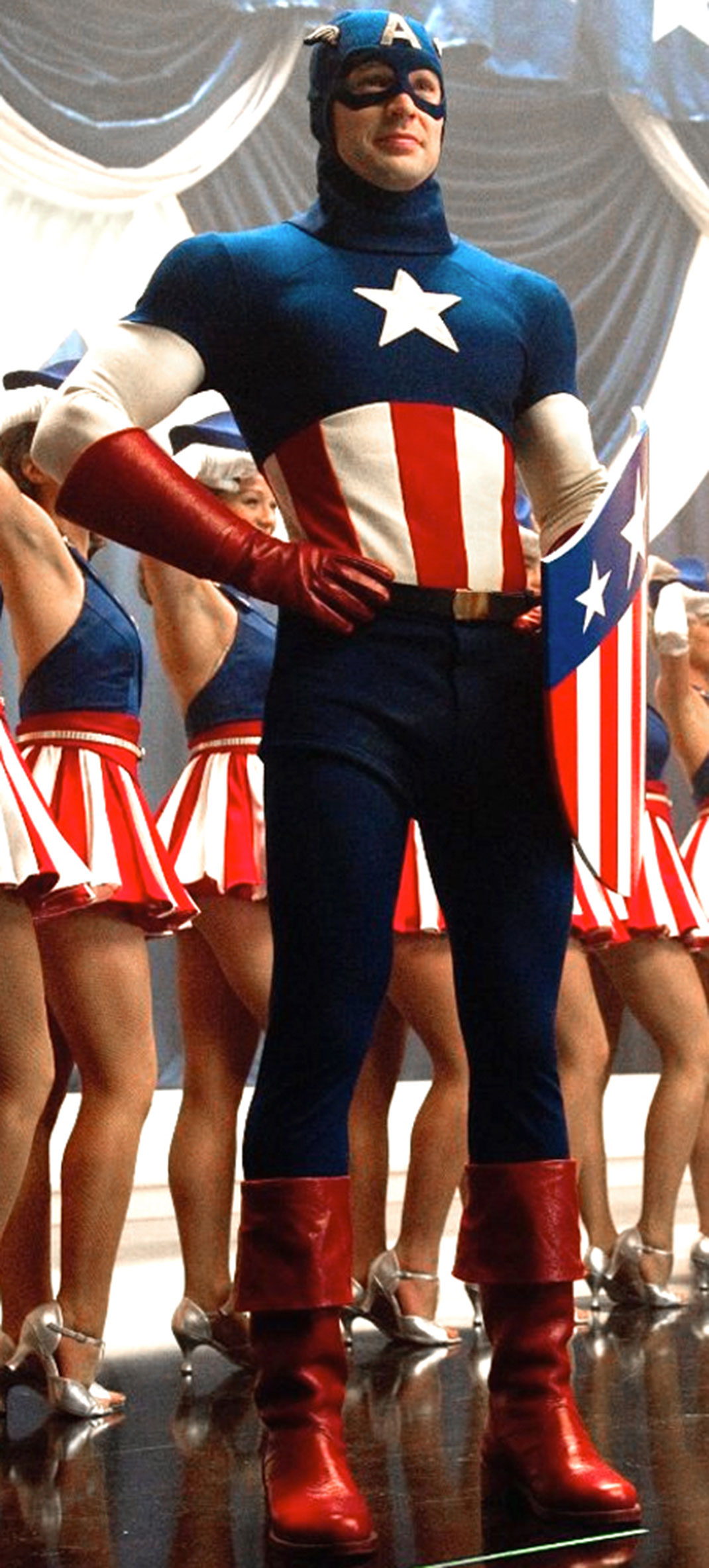 the-evolution-of-captain-americas-uniform-uso