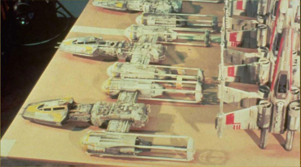 Maquette-SW-Xwing-bWing