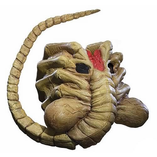Alien-vs-Predator-Requiem-Facehugger-Alien-Mask