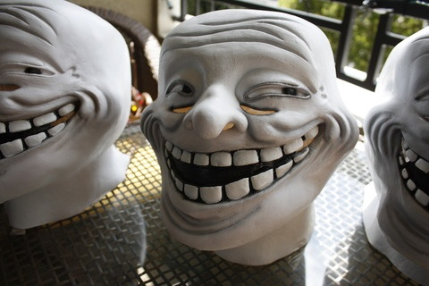Classic-Troll-Mask