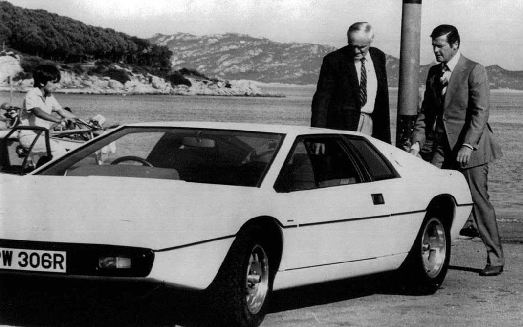 Lotus_Esprit_S1_1977_James_Bond_The_Spy_Who_Loved_Me_7