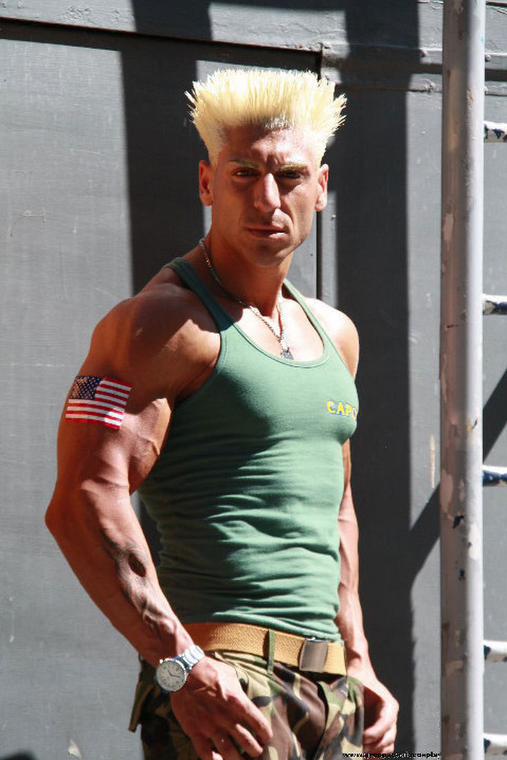 Good-guile-cosplay