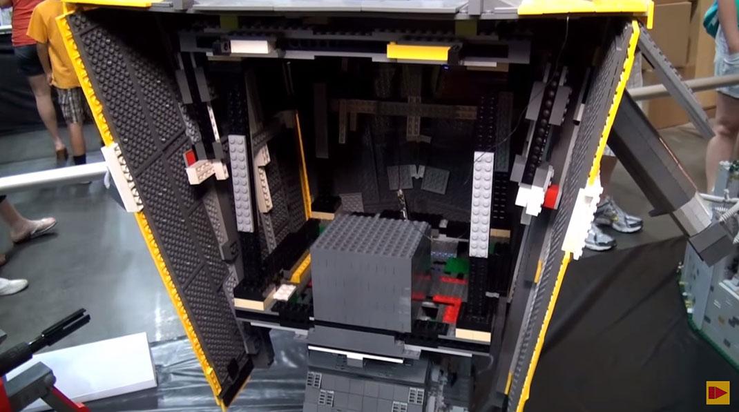 lego-clap-interieur2