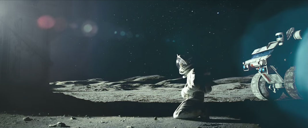 moon-trailer