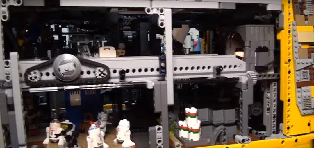 Jawa-Sandcrawler-LEGO-6