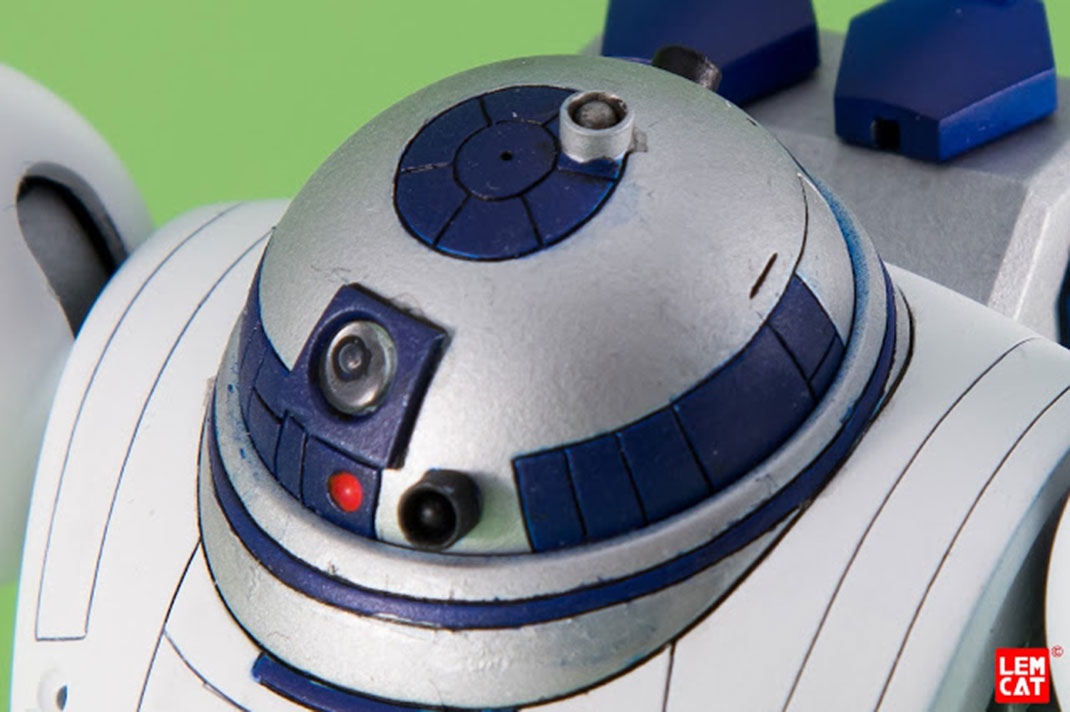R2-D2-Gundam (17)
