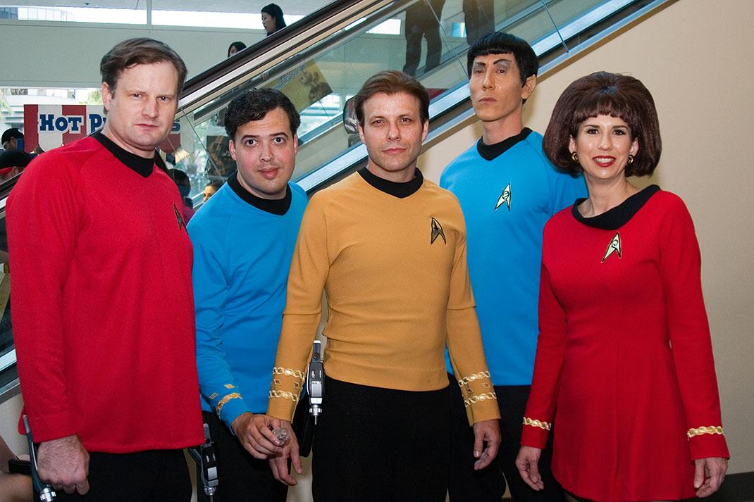 Star_Trek_uniforms