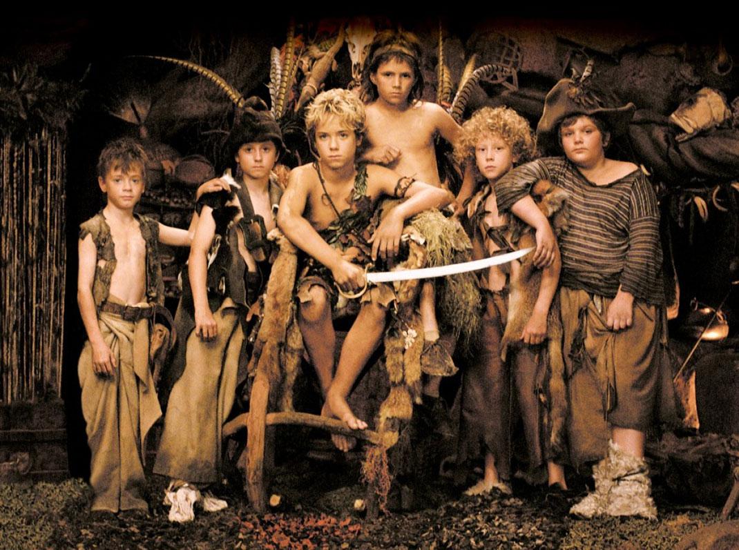 Peter-Pan-2003-les-garçons-perdus