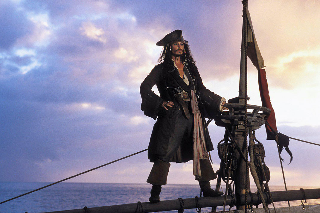 Jack-Sparrow-wallpaper-pirates-of-the-caribbean-31085953-1804-1200
