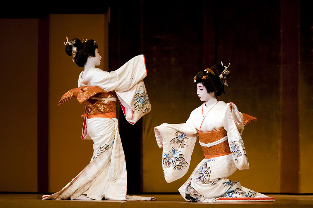 ls-geisha-dance