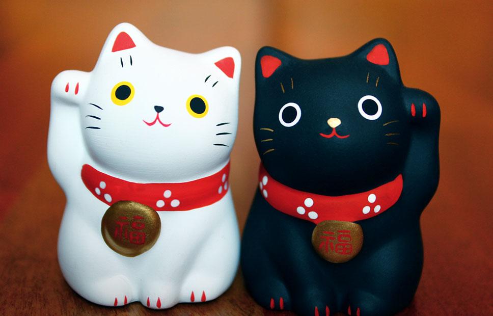 maneki-neko-symbolique-pattes