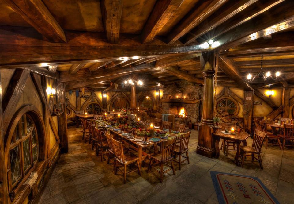 hobbiton-restaurant