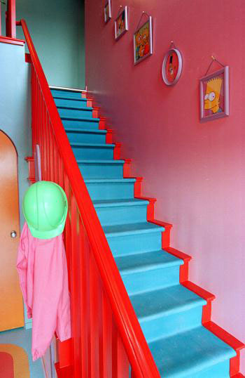 maison-simpsons-escalier