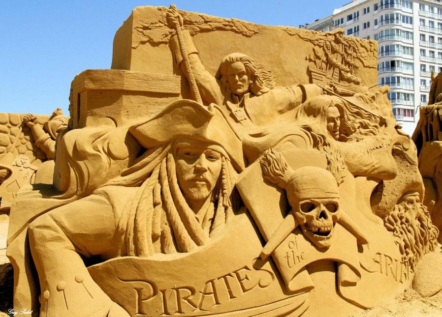 sculpture-sable-pirates-caraibes