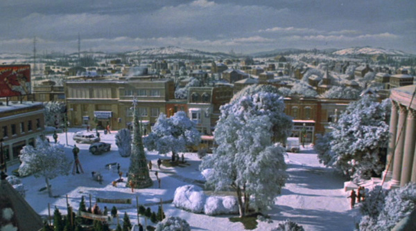 gremlins-town-square
