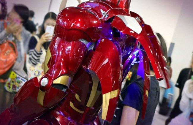 armure-iron-man-Lights