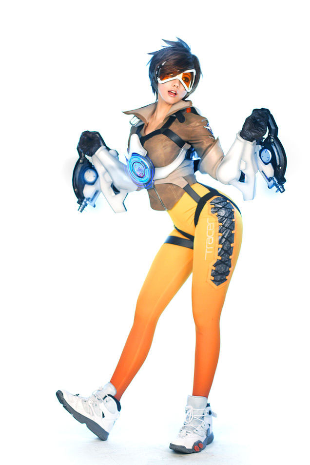 Tracer-4-cosplay-overwatch