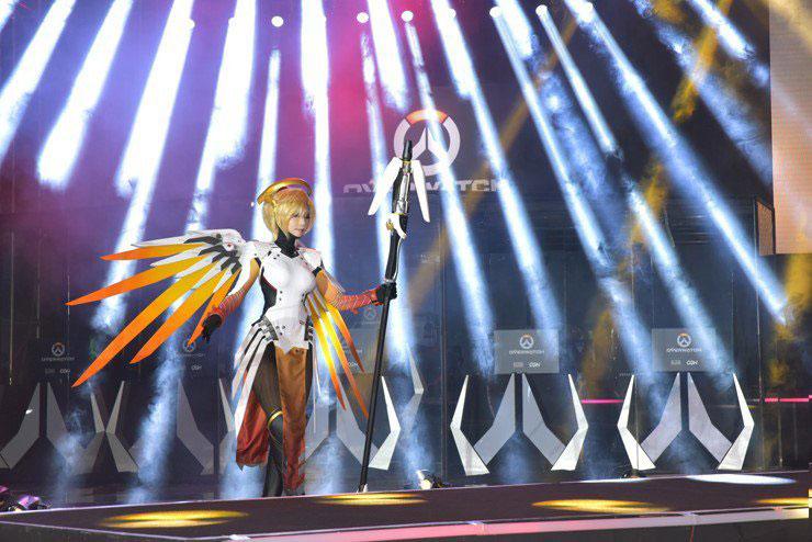 ange-5-cosplay-overwatch