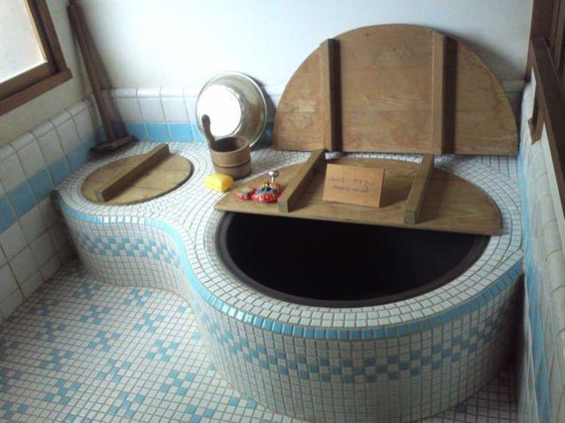 maison-totoro-baignoire