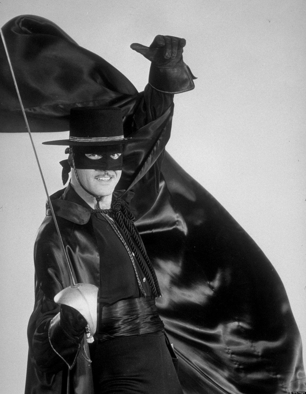 ZORRO - gallery - 10/3/57 Guy Williams played Don Diego de la Vega/Zorro, the swashbuckling masked hero who donned mask and sword to aid the oppressed. (ABC PHOTO ARCHIVES)