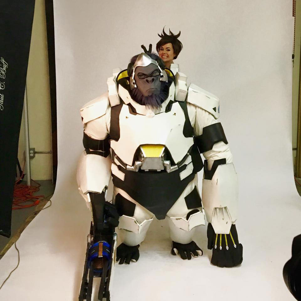 winston-overwatch-cosplay
