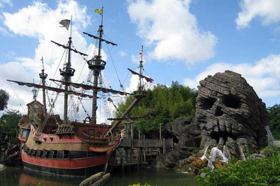 Attraction pirates des caraïbes